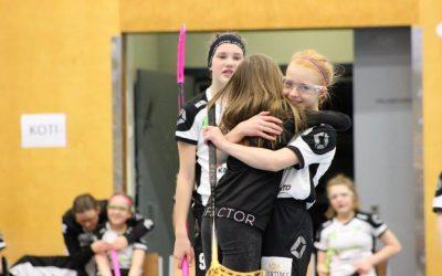 Kauden viimeiset runkosarjan pelit pelattiin Kontiolahden urheiluhallilla.