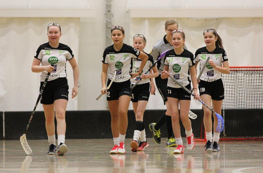 D-tytöt C-sarjan turnauksessa Kuopiossa 21.11.